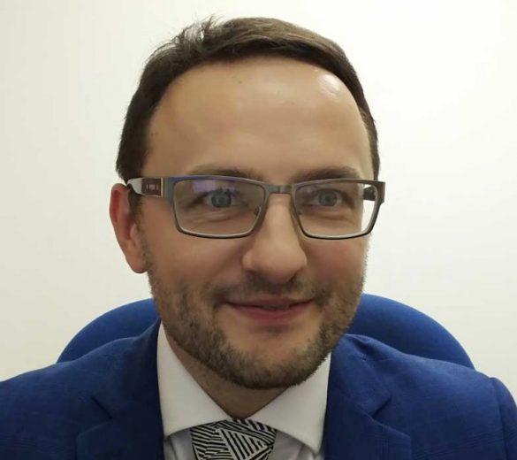 Dr Wiktor Kulik